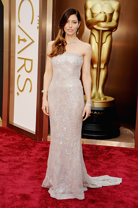 jessica biel oscars red carpet